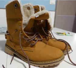 Boots daim profil