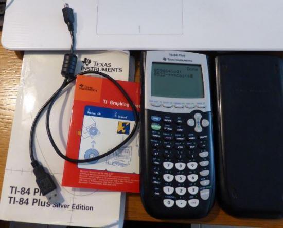 Calculatrice ti84 avec accessoires