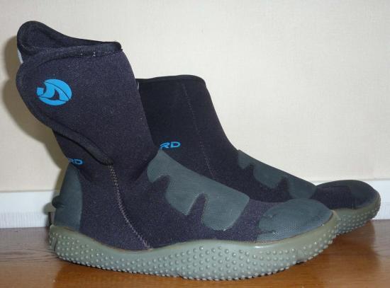 chaussures-activites-aquatiques-taille-34-35-profil.jpg