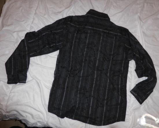 Chemise noire a motif taille l v