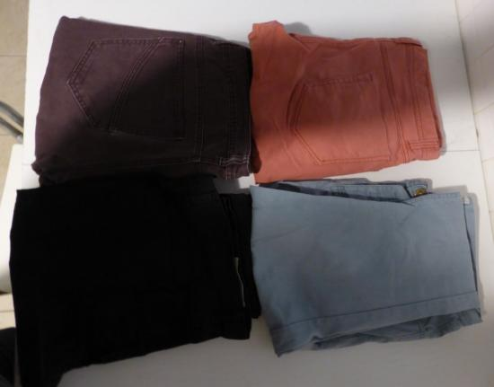 Lot 4 pantalons homme taille 48