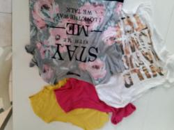 Lot 4 t shirt taille s