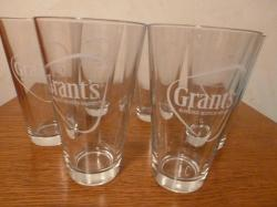 lot-6-verres-a-whisky-grant-s-1.jpg
