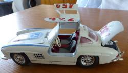Miniature mercedes 300 sl burago 1