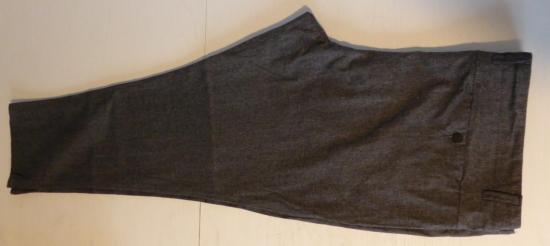 Pantalon homme kiabi gris chine t60 plie en deux