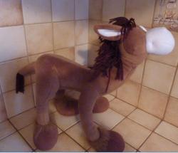 peluche-cheval-marron-cote-droit-1.jpg