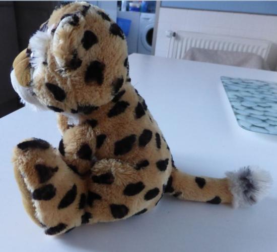 Peluche leopard profil
